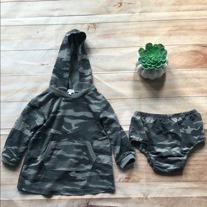 Splendid camp hoodie dress & diaper cover 12-18 m